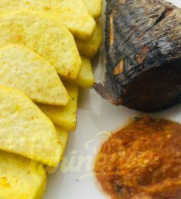 Ignames et poisson frits